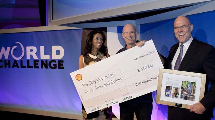world-challenge-award-cheque